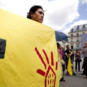 Les familles expulsées, expulsables, sans logis, s'invitent au palace : Marre de la rue !